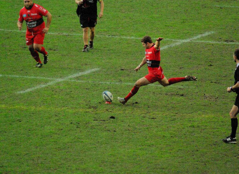rugby-588419_1920